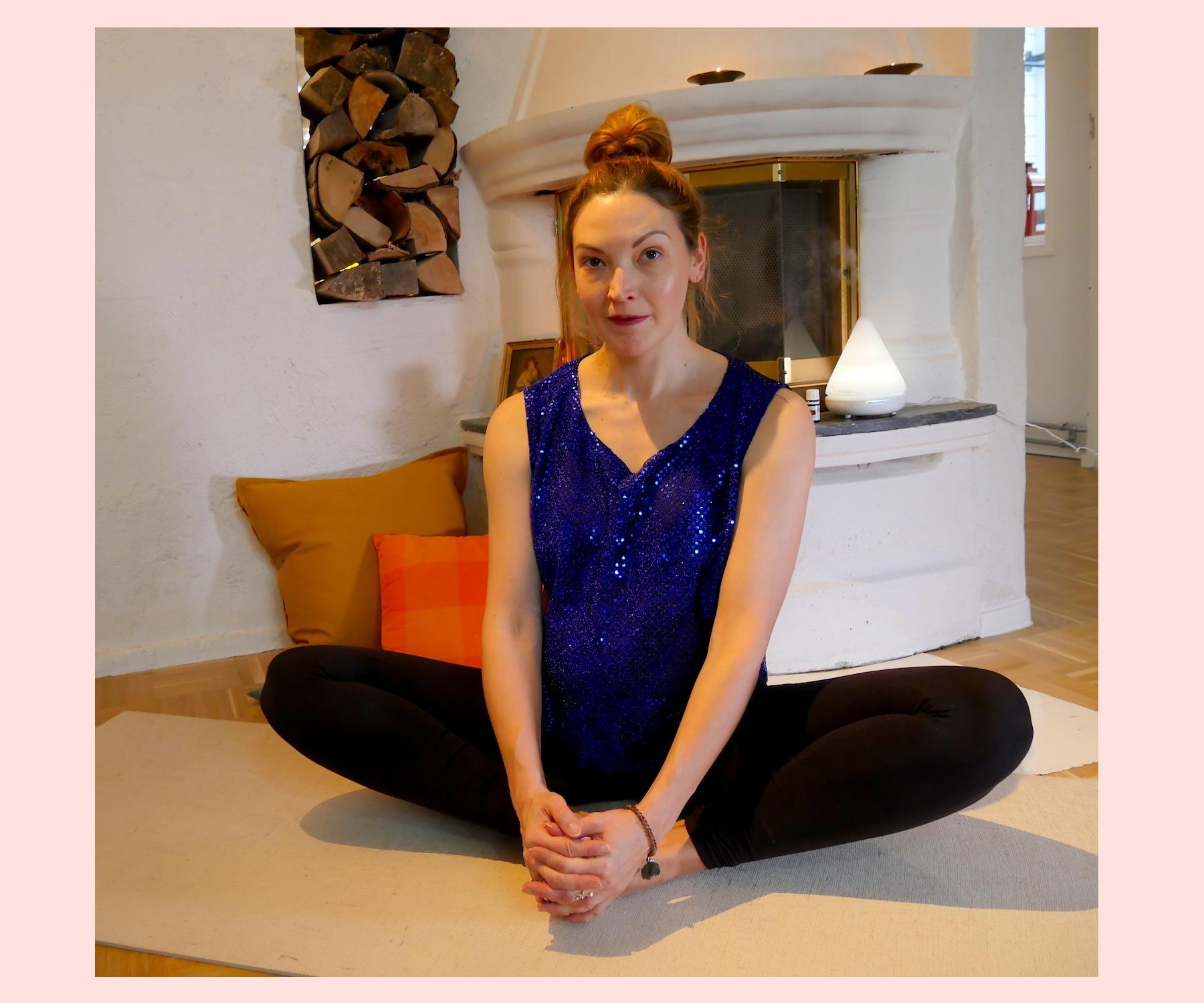 yoga asana baddha konasana